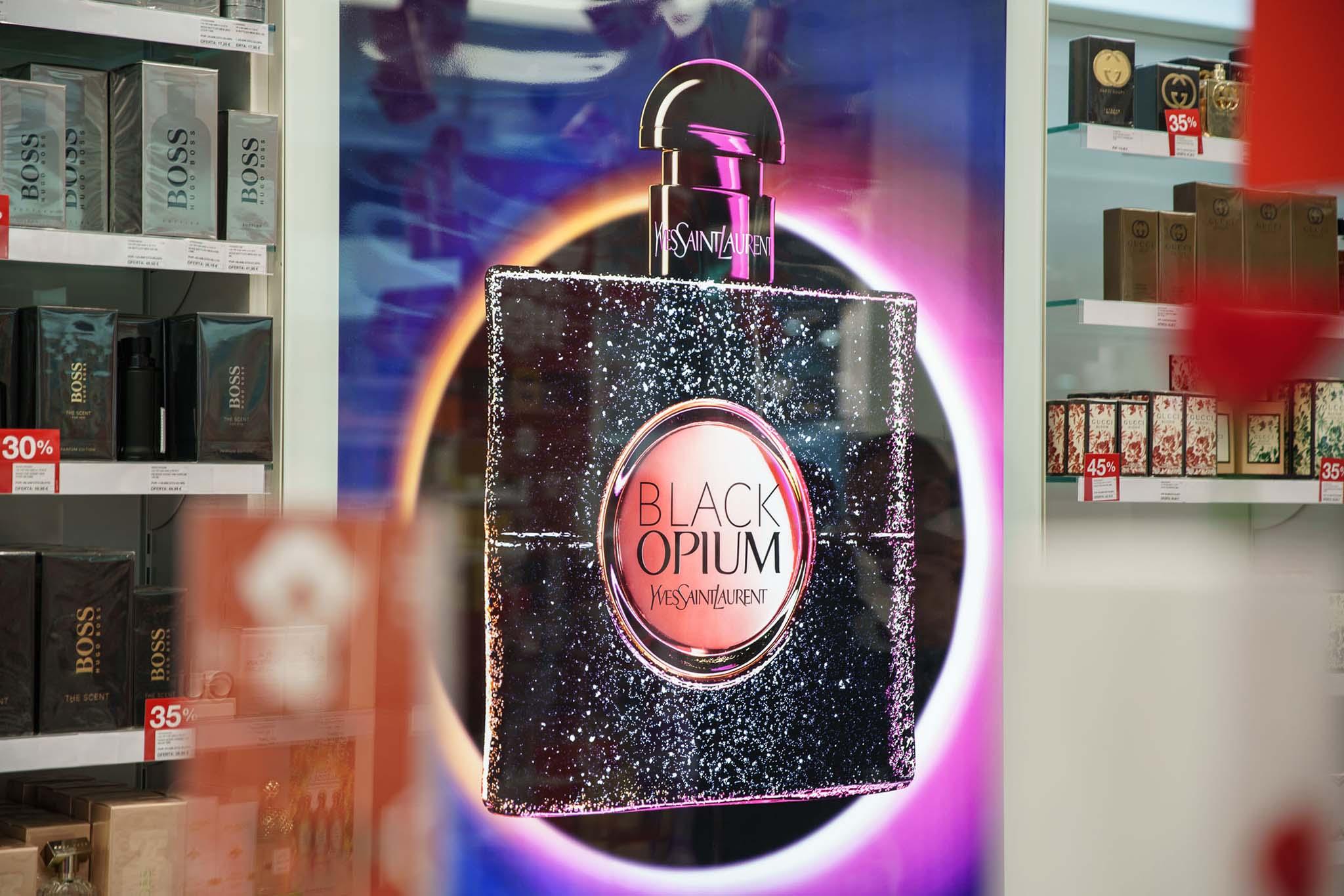 Visual Black Opium
