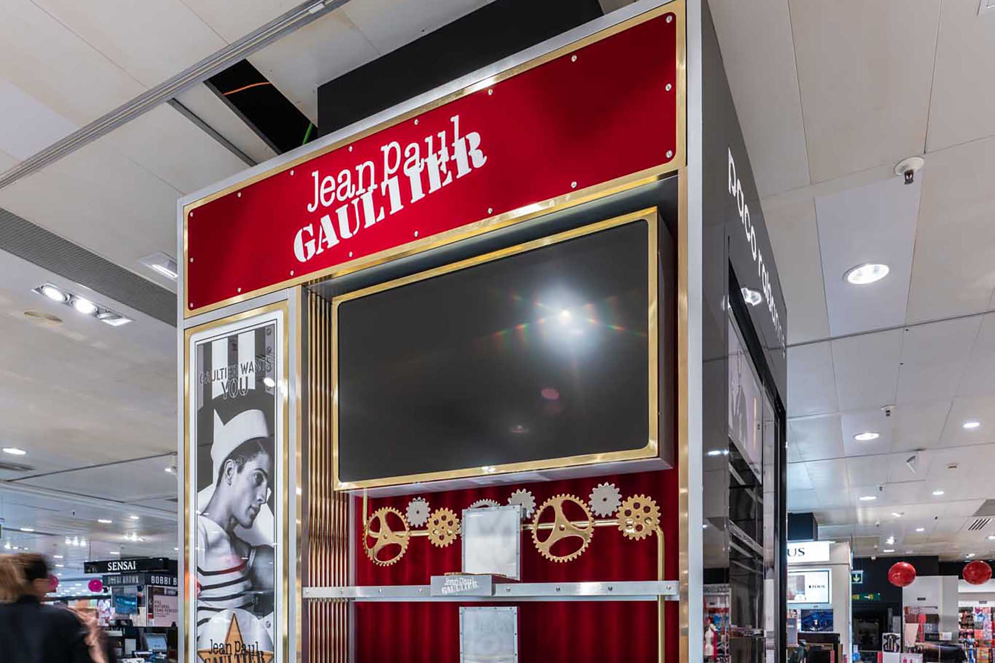 Instalación Puig. Jean Paul Gaultier. (sin artículos)