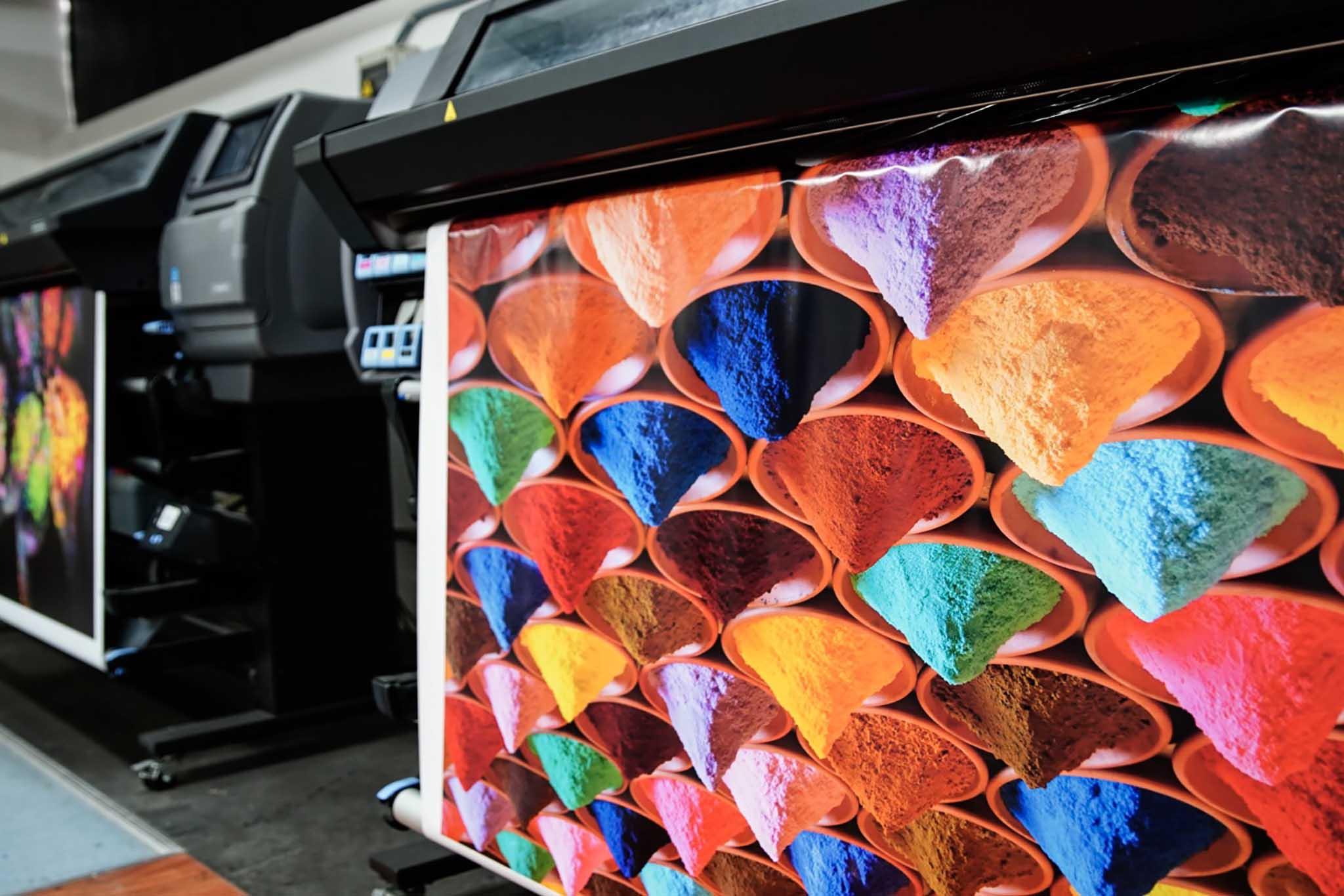 Dos impresoras producción (imagen colores)