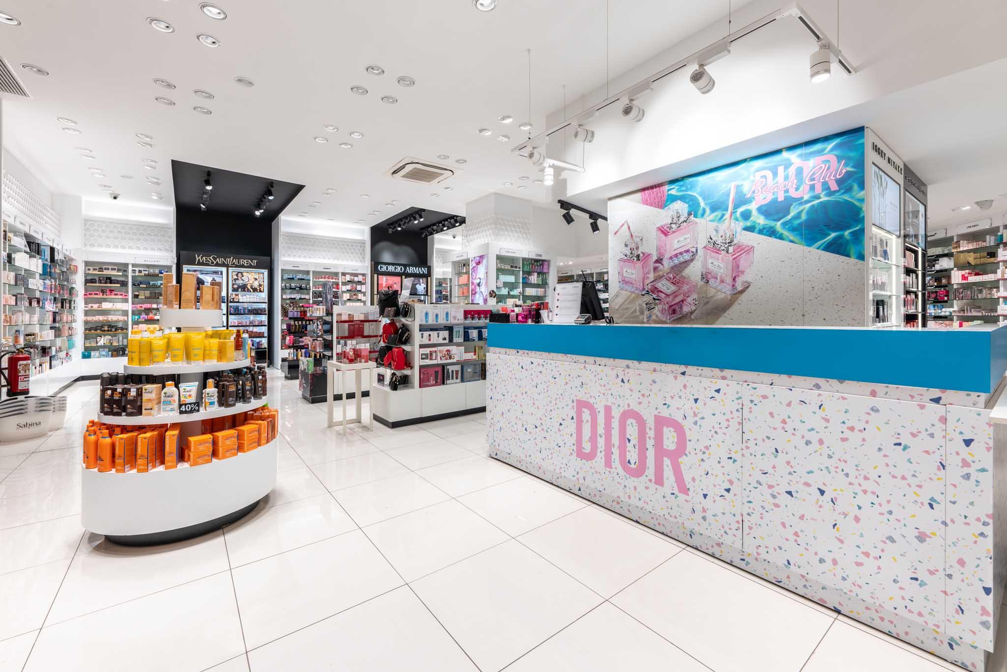 Caja Dior (perfumes en la piscina) puntitas de colores